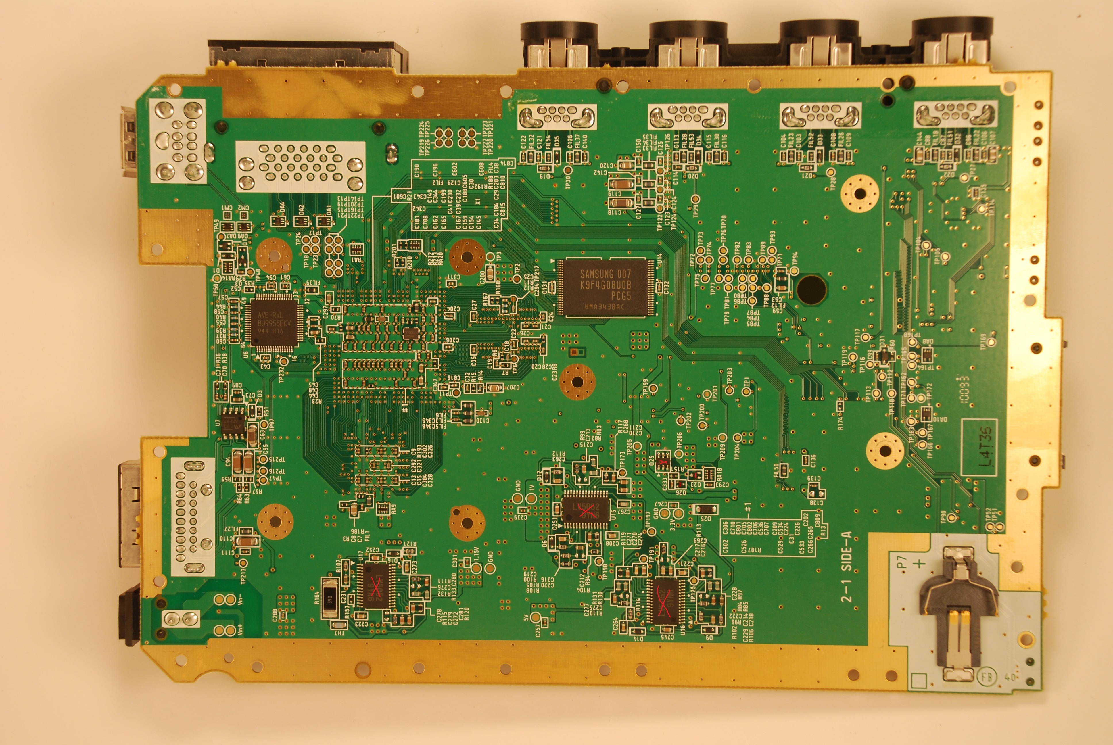 Wii rp 40 bottom with components removed.jpg